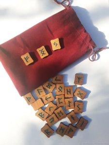 2f038681d51da5aa40c85609583x--fen-shuj-i-ezoterika-skandinavskie-runy